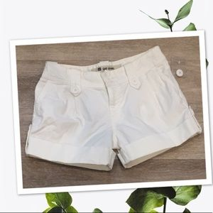 GAP jeans white shorts nwot Sz 2